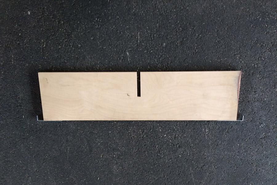 Aufsetzrahmenteiler 9mm Sperrholz Quer mit 1 Schlitz mitte
